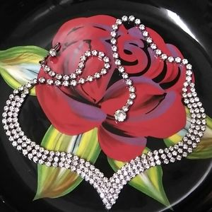 """VINTAGE Crystal """"V"""" Shaped Necklace"""